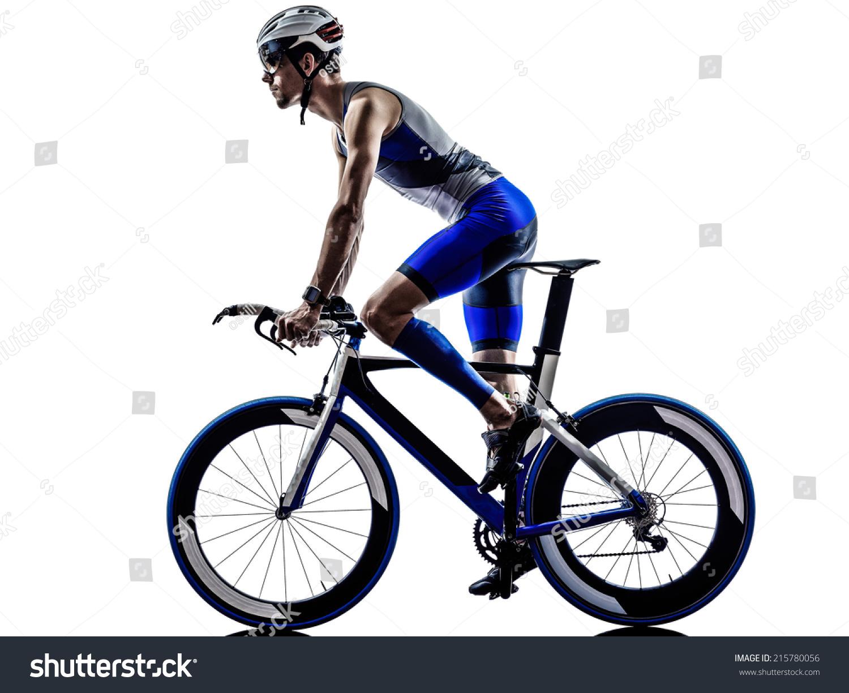 男子铁人三项铁人运动员自行车骑自行车骑自行车骑在