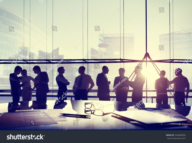 业务人员公司专业团队讨论的概念-商业/金融-海洛创意