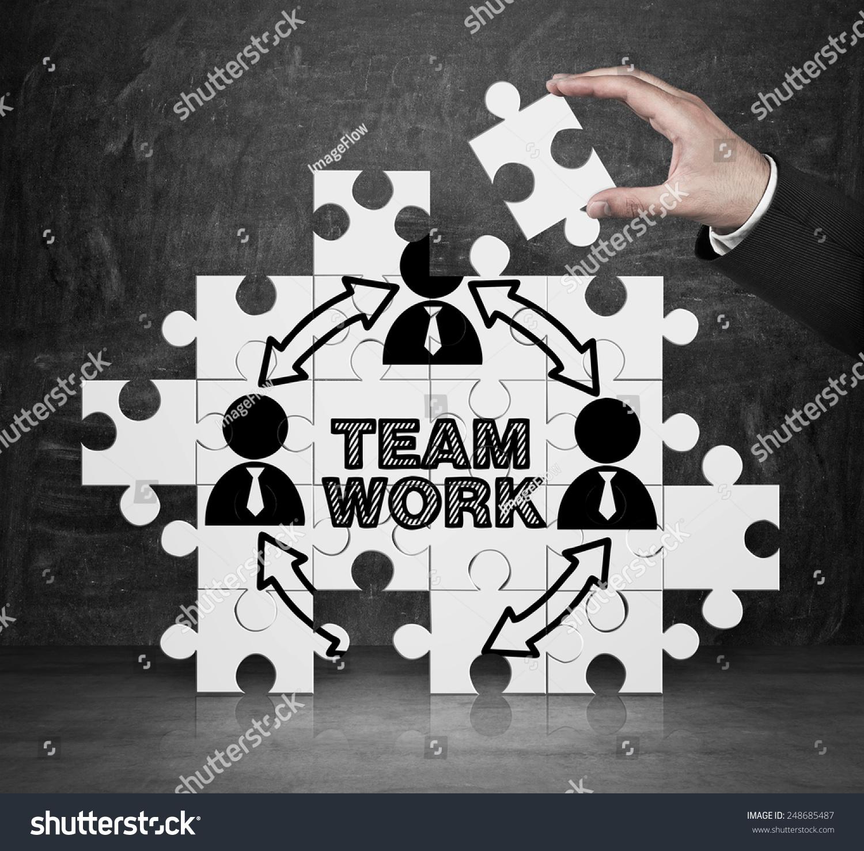 手收集谜题与团队合作精神-商业/金融,人物-海洛创意