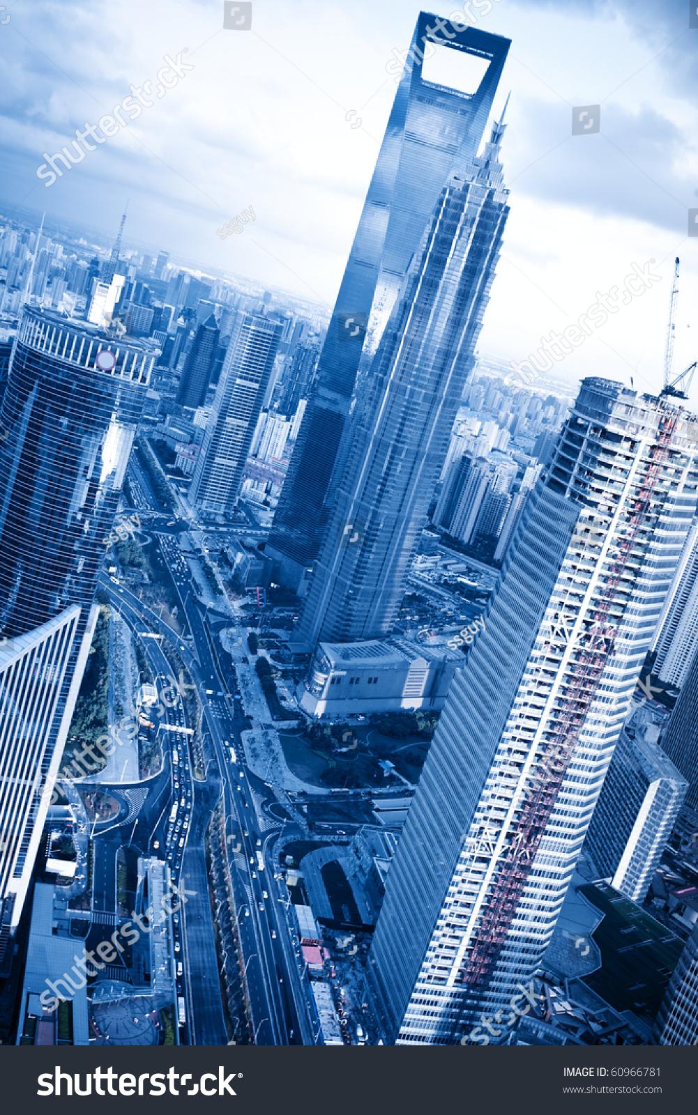 从东方明珠电视塔.上海陆家嘴金融中心黄浦江