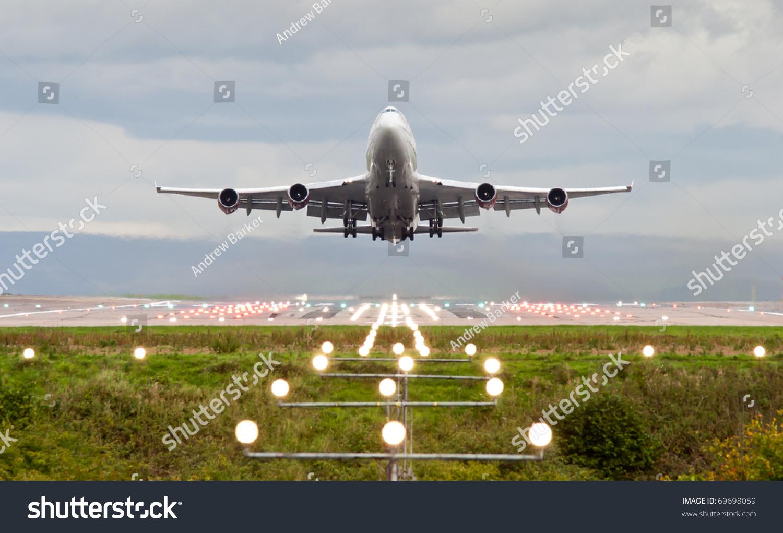 飞机起飞曼彻斯特机场