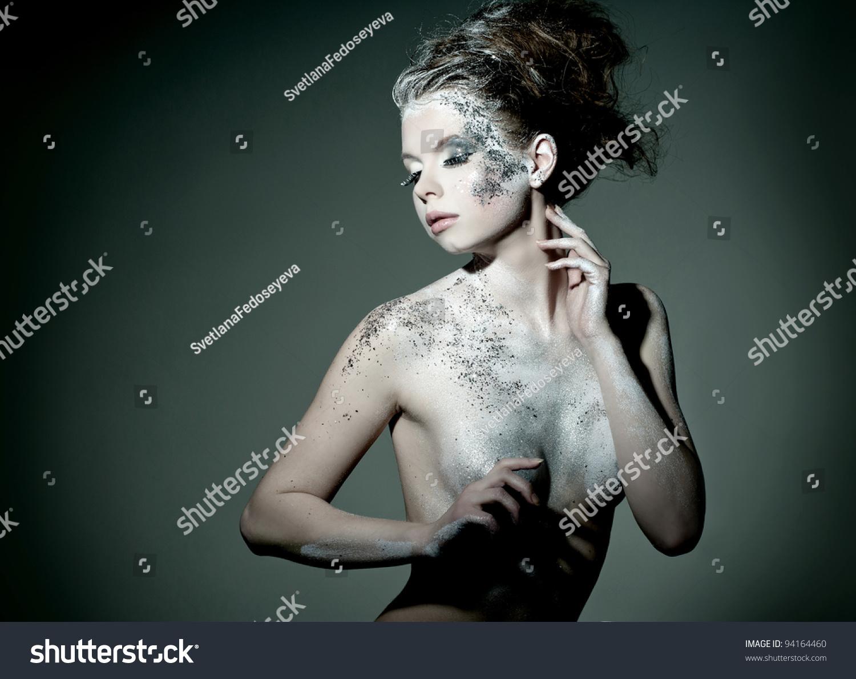 时装模特的专业化妆白雪女王的形象-美容/时装服饰